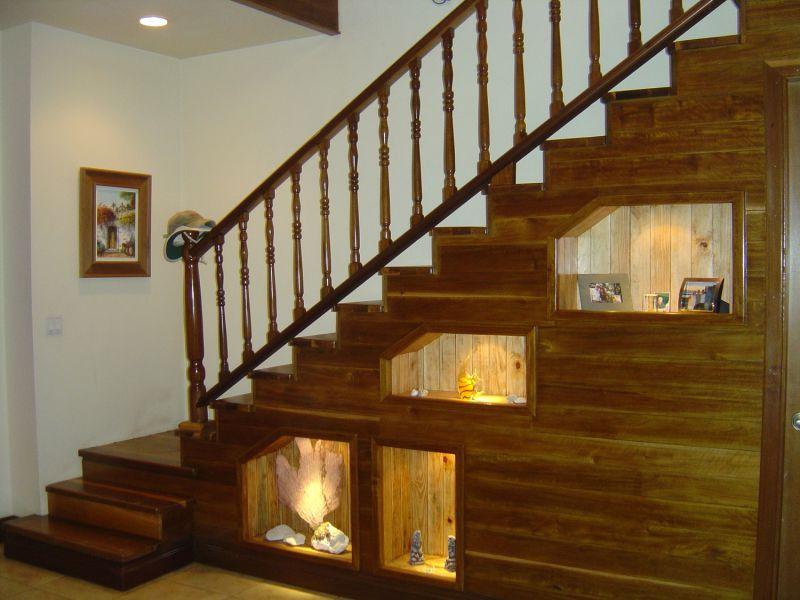 Лестница деревянная на второй этаж в частном доме своими руками