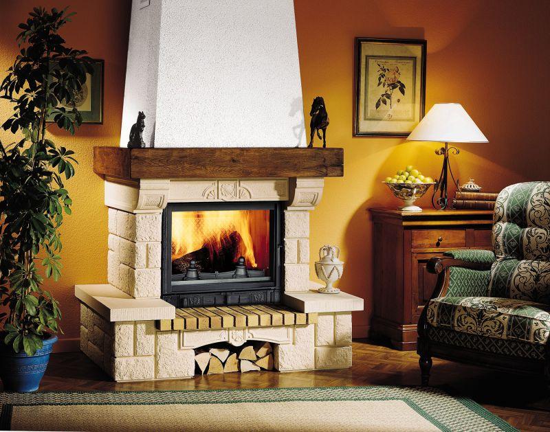 Фотоподборка дровяных каминов в интерьере частного дома